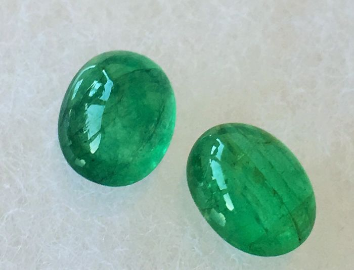 Emeralds 3.90 ct total 2 pieces