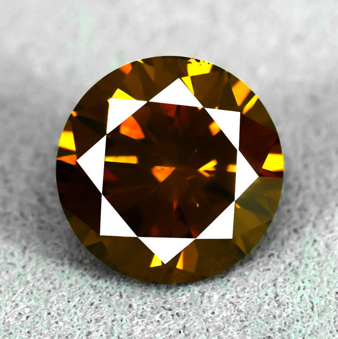Diamant - 1.70 ct - Briljant - Fancy Deep Yellowish Orange (treated) - Si2 - EXC/VG/VG