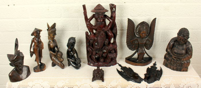 Asian carvings - collection of 10 - , Coramandel wood