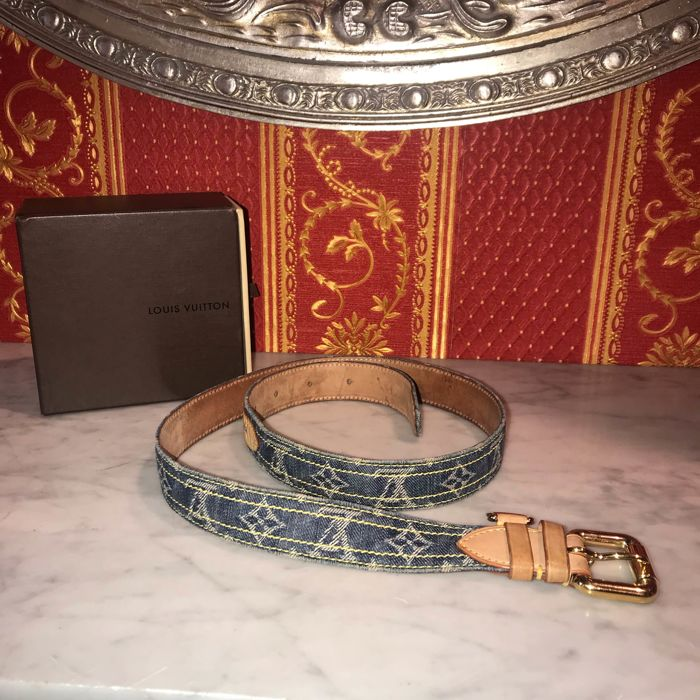 989b3ea02ff0 Louis Vuitton - Denim Belt - Catawiki
