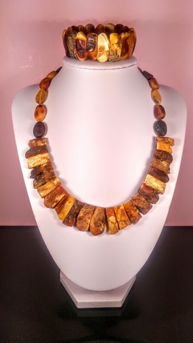 100% Genuine Vintage Landscape colour Italian ,,Ambra Grezza,, style Baltic Amber necklace and bracelet, 53 grams
