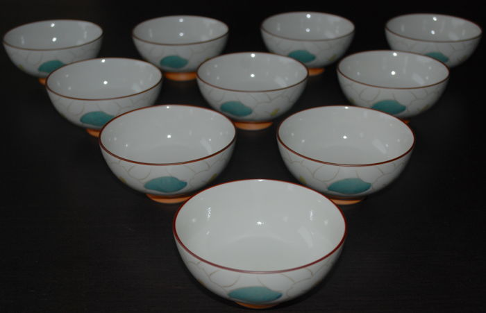 A set of 10 Arita bowls - Japan - late 20th century