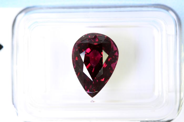 Rhodolite - 4.34 ct - No Reserve Price