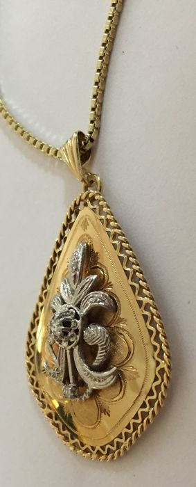 Necklace with Pendant - Gold - Natural (untreated) - 0.05 ct - Diamond and Diamond