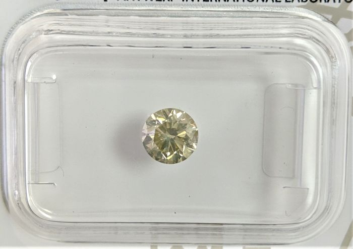 0.55 ct - Natural Fancy Diamond - Light Greenish Yellow Color - SI3 - EX/VG/EX - NO RESERVE!