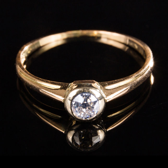 Ring - Gold - Natural (untreated) - Diamond