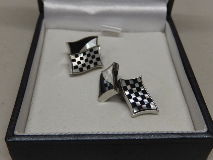 Decorative object - Boxed Goodwood Racing Mother of Pearl Cufflinks - 2000