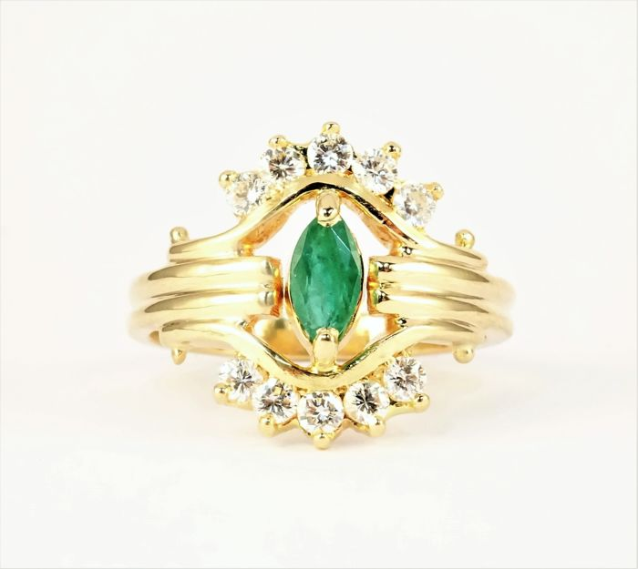 Ring - Gold - Emerald and Diamond