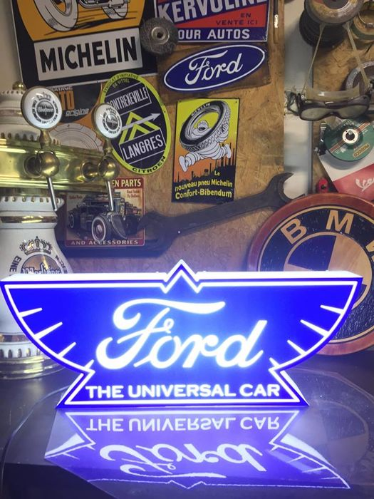 Decorative object - Ford ,,1912,, item Lamp collectible lightbox - Ford