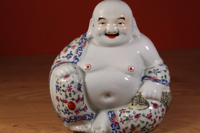 A Large porcelain Famille Rose Budai - China - early 20th century