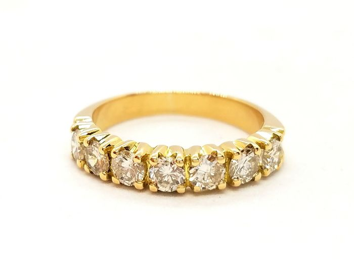 Ring - Gold - 0.63 ct - Diamond