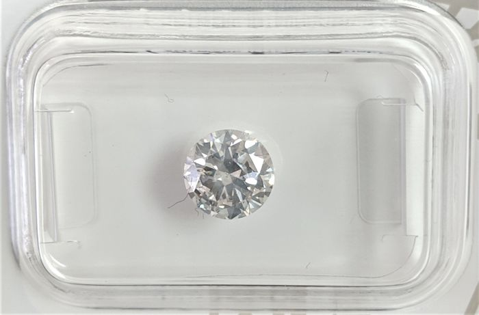 0.90 ct - Natural White Diamond - G color - SI2 - VG/VG/VG - NO RESERVE!