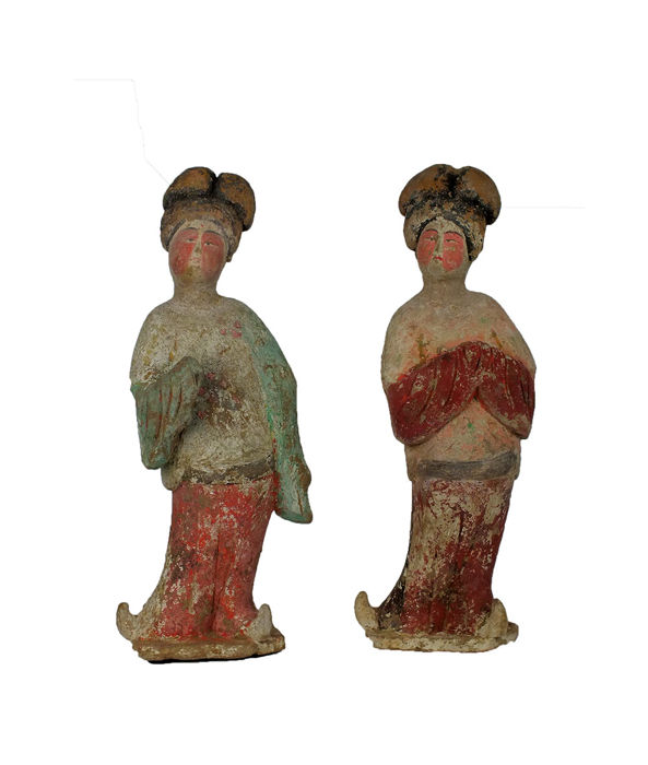 Mingqi - Terre cuite - A Brilliant Large Painted Red Pottery Pair of Fat Ladies, TL-Tests, H 40-41 cm. - Chine - Dynastie Tang (618–907)