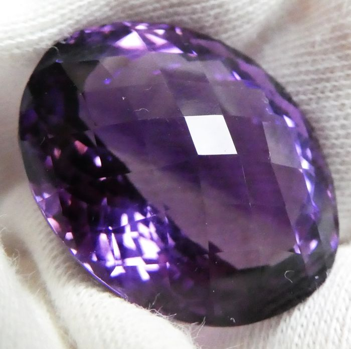 Amethyst – 30.35 ct – No Reserve Price