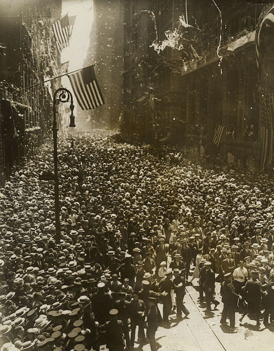 Unknown/P&A photos - Fifth Ave. Parade for Charles Lindbergh, 1927