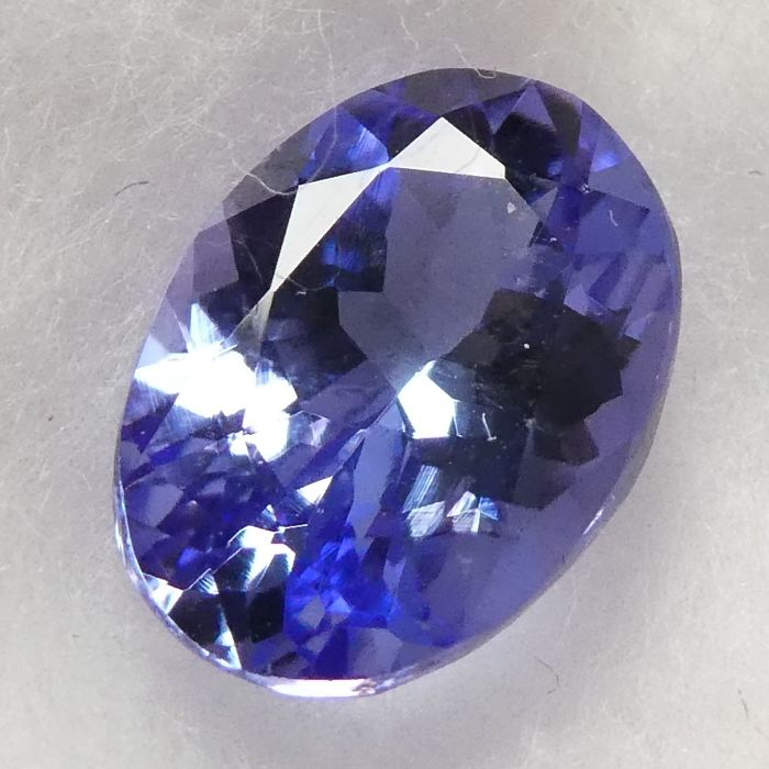 Tanzanite – 2.37 ct – No Reserve Price