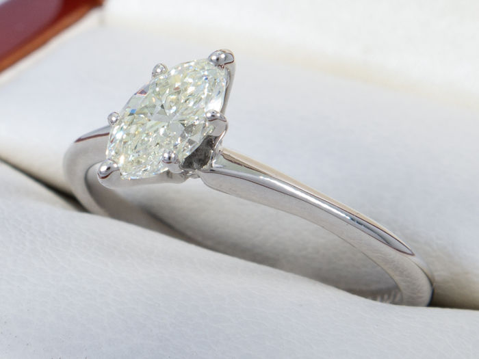 0.48 ct - Diamond solitaire ring VVS2/J - 14K gold - No reserve price