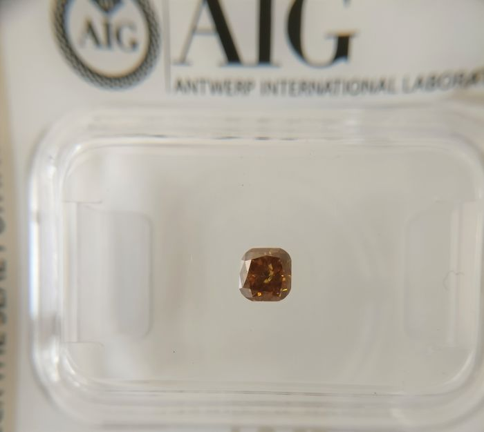 0.27 ct Cushion cut Diamond Fancy Deep Orangy Brown SI2 ***No Reserve***