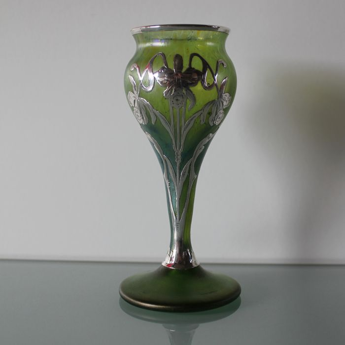 Loetz - Art Nouveau vase with silver overlay