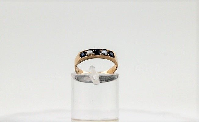 Ring - Gold - 0.15 ct - Sapphire and Pearl