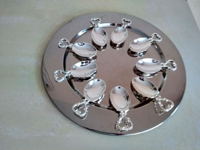 Nine decorated amuse spoons on large serving-plate - Silver plated - France - 1950-1999