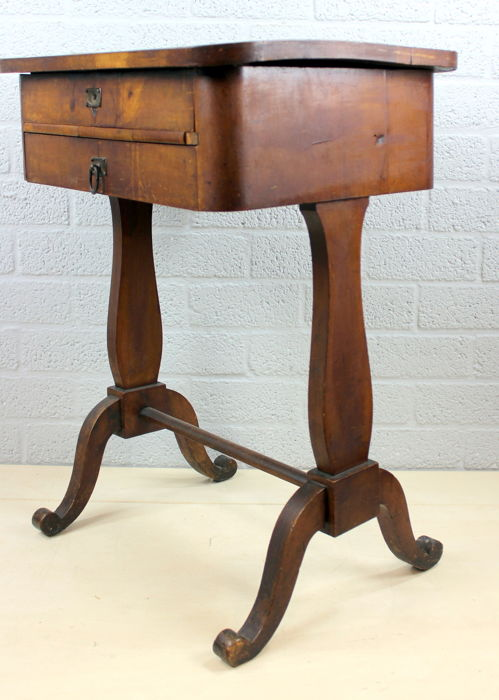 Antique sewing cabinet with 2 drawers - Wood - Mahogany - Antique Sewing Cabinet With 2 Drawers - Wood - Mahogany - Catawiki