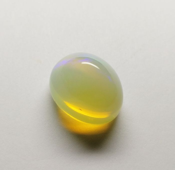 Opal Colorless + Play of Colors 29.54 ct ***No Reserve***