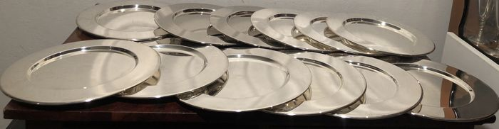 silver plated under plates - Silverplate