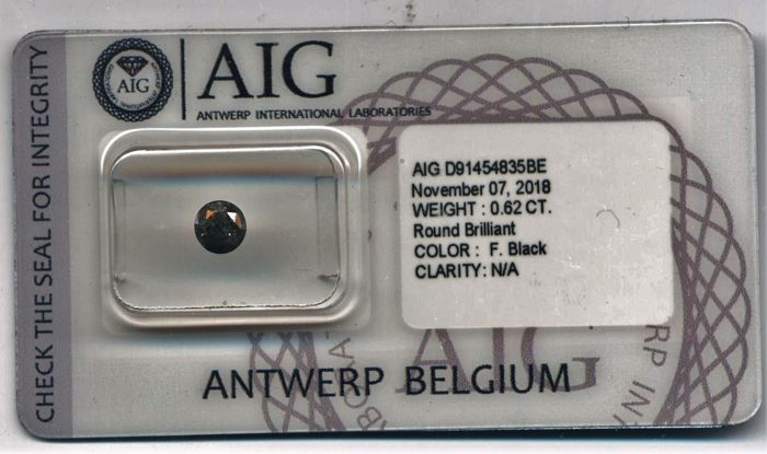 0.62 ct - Fancy Black - N/A - AIG Certificate - NO RESERVE