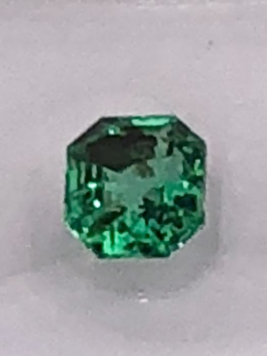 Emerald - 0.38cts - No Reserve Price