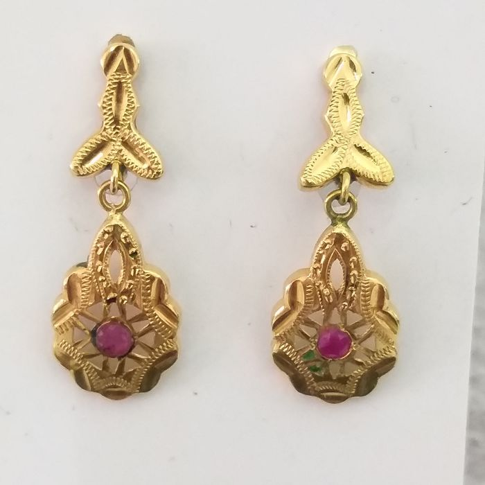 Earrings - Gold - Ruby