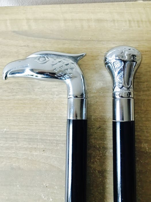 2 Walking sticks with heavy silver-plated handle. - Silver plated - Netherlands - 1950-1999