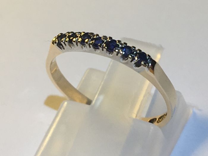 Ring - Gold - Natural (untreated) - 0.1 ct - Sapphire