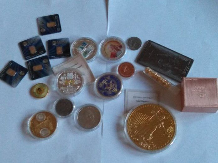 5 x 0,1 gram gold certified 999/1000  +   500 grams copper Switzerland +  a lot of coin and bullion  gold plated