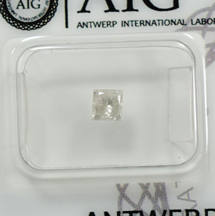 Natural Diamond - 0.53 ct, G / I2 - NO RESERVE PRICE