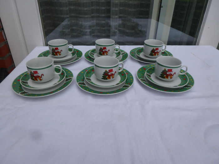 Beautiful Christmas breakfast service from Luciano - Porcelain