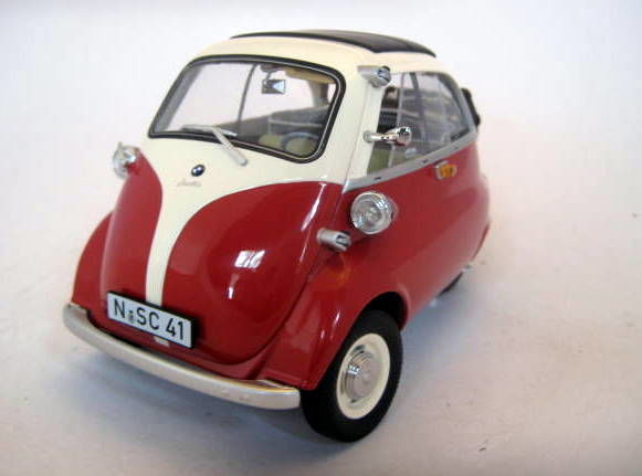 schuco 1 18 bmw isetta export red white mint boxed. Black Bedroom Furniture Sets. Home Design Ideas