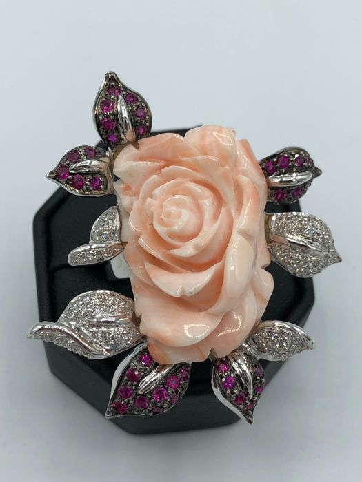 18 kt. Gold - Ring - 1.16 ct Coral - Ruby