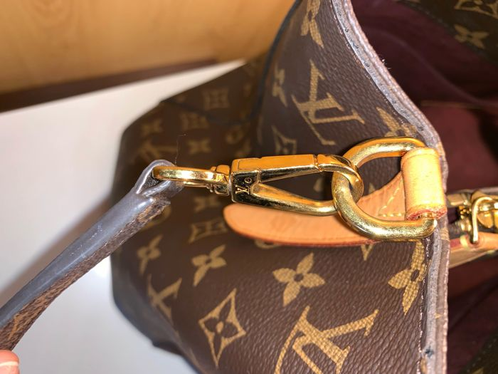 a10b1a105edc Louis Vuitton - Montaigne MM Shoulder bag - Catawiki