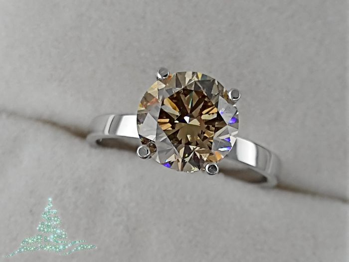 Ring - Gold - Commonly treated - 2.13 ct - Diamond