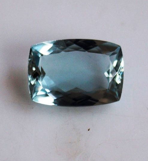 Blue Aquamarine - 2.24 ct