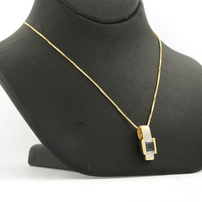 Necklace with Pendant - Gold - Natural (untreated) - 0.02 ct - Diamond and Sapphire