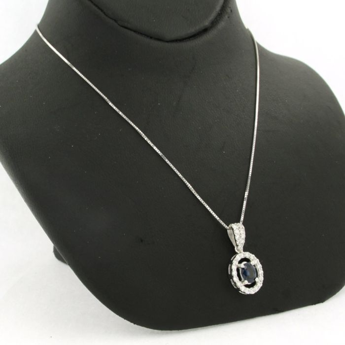 Necklace with Pendant - White gold - Natural (untreated) - 0.23 ct - Diamond and Sapphire