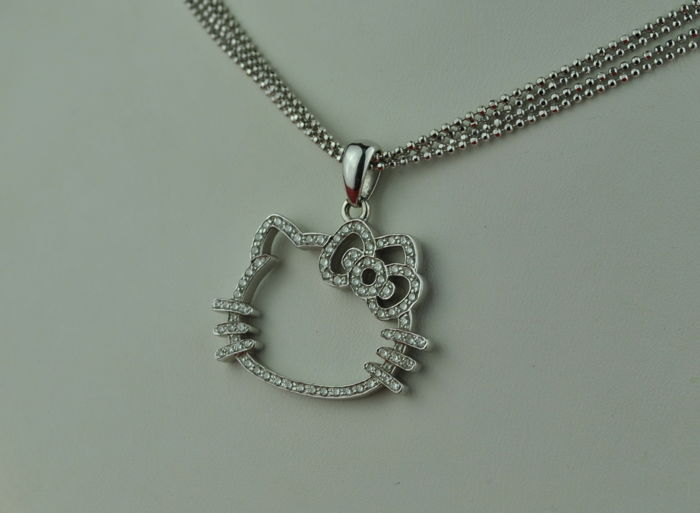 collier or hello kitty