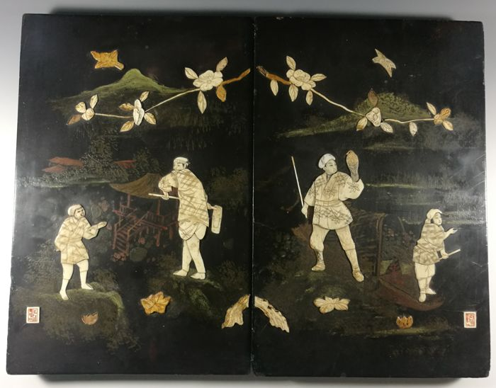 Pair of black lacquer wooden panels inlaid with bone - Depiction of an agricultural worker and falconer - With artist's seal - Japan - ca 1910–20s (Meiji/Taisho Period)