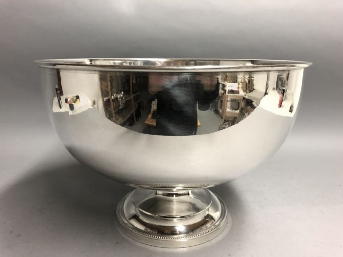 Champagne cooler or wine cooler - Silverplate - U.K. - 21st century