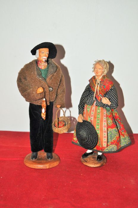 M Chave  - set of 2 terracotta figurines - Terracotta