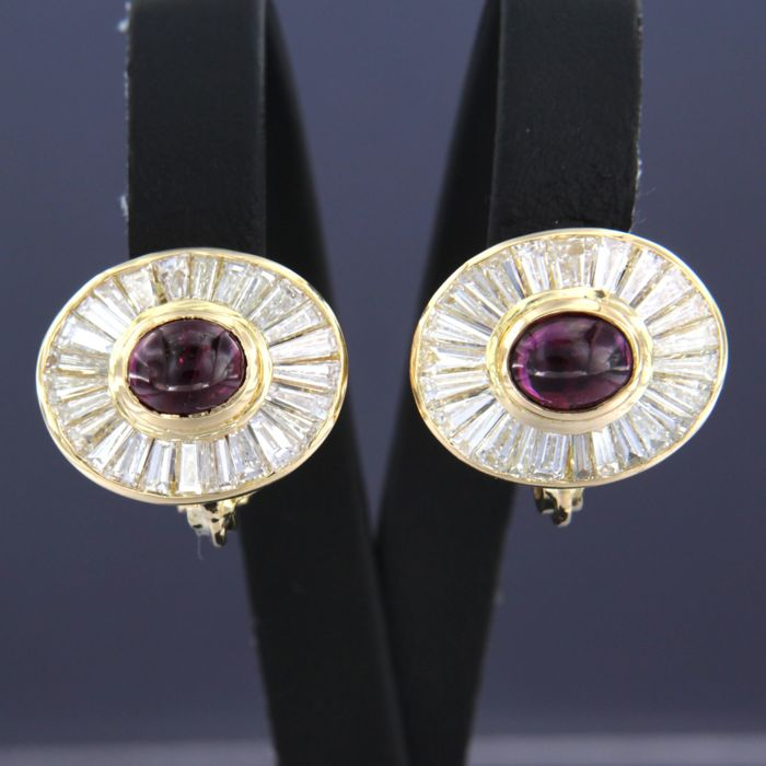 Earrings - Gold - 2.5 ct - Diamond and Ruby