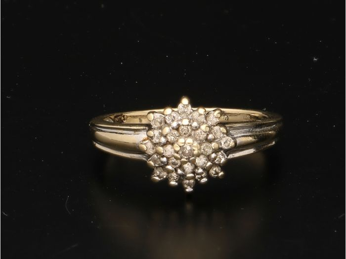 Ring - Gold - 0.26 ct - Diamond