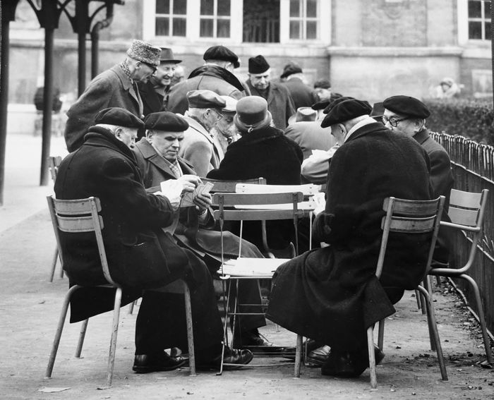 Paul Almasy (1906-2003) - Paris, men playing cards in the park, c.1970's